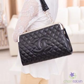 Ví Đeo Chéo Kiểu Dáng Chanel Nẹp Kim Loại 1120 (Nẹp Trên) TX3990 - DT0024
