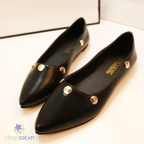 Giày mũi nhọn đính khoen vàng - DT0036