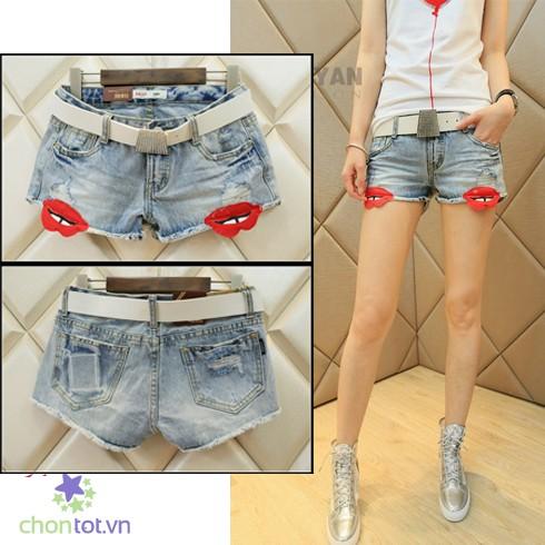 Quần Short Jean Hình Đôi Môi Đỏ - DT0036